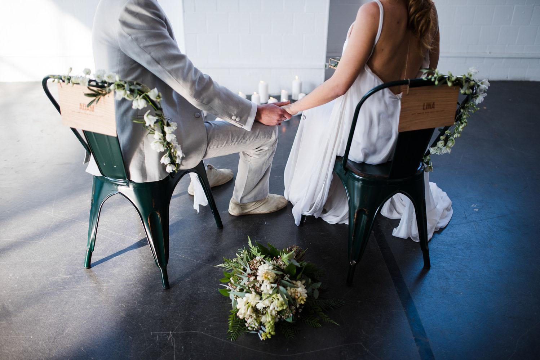 Make My Wed_Mariage industriel vegetal elegant en petit comite_Elopement-Barcelona-Espagne_HaroldAbellanPhotographer_ceremonie-laique