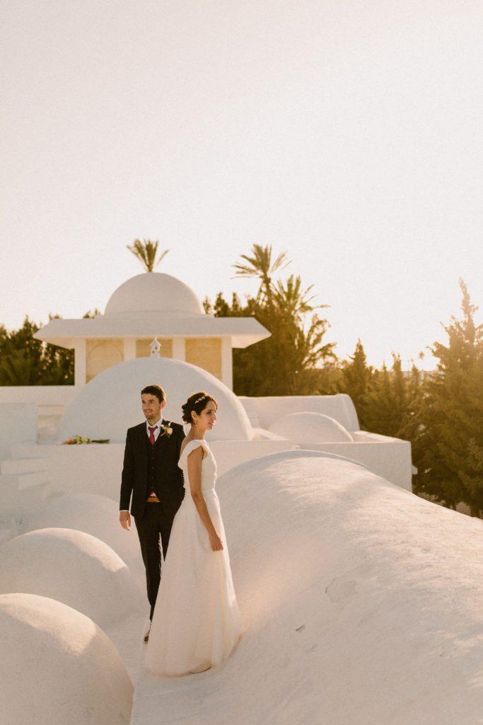 Mariage boho-oriental aux tonalités terracotta à Djerba Tunisie - Make My Wed - Juli Etta Photography